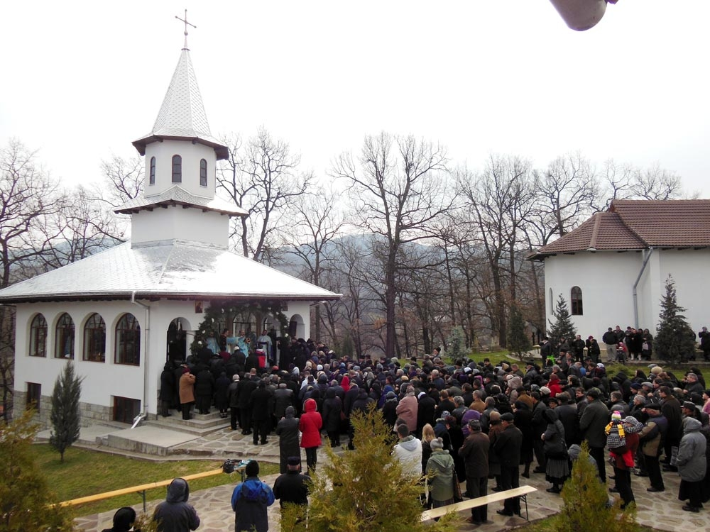 Simpozion Naţional de Artă Sacră la Mănăstirea Pătrângeni