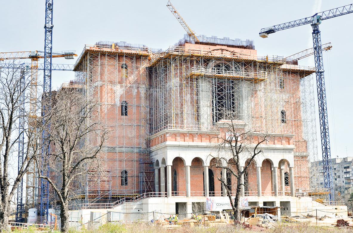 Lucrările la Catedrala Mântuirii Neamului continuă