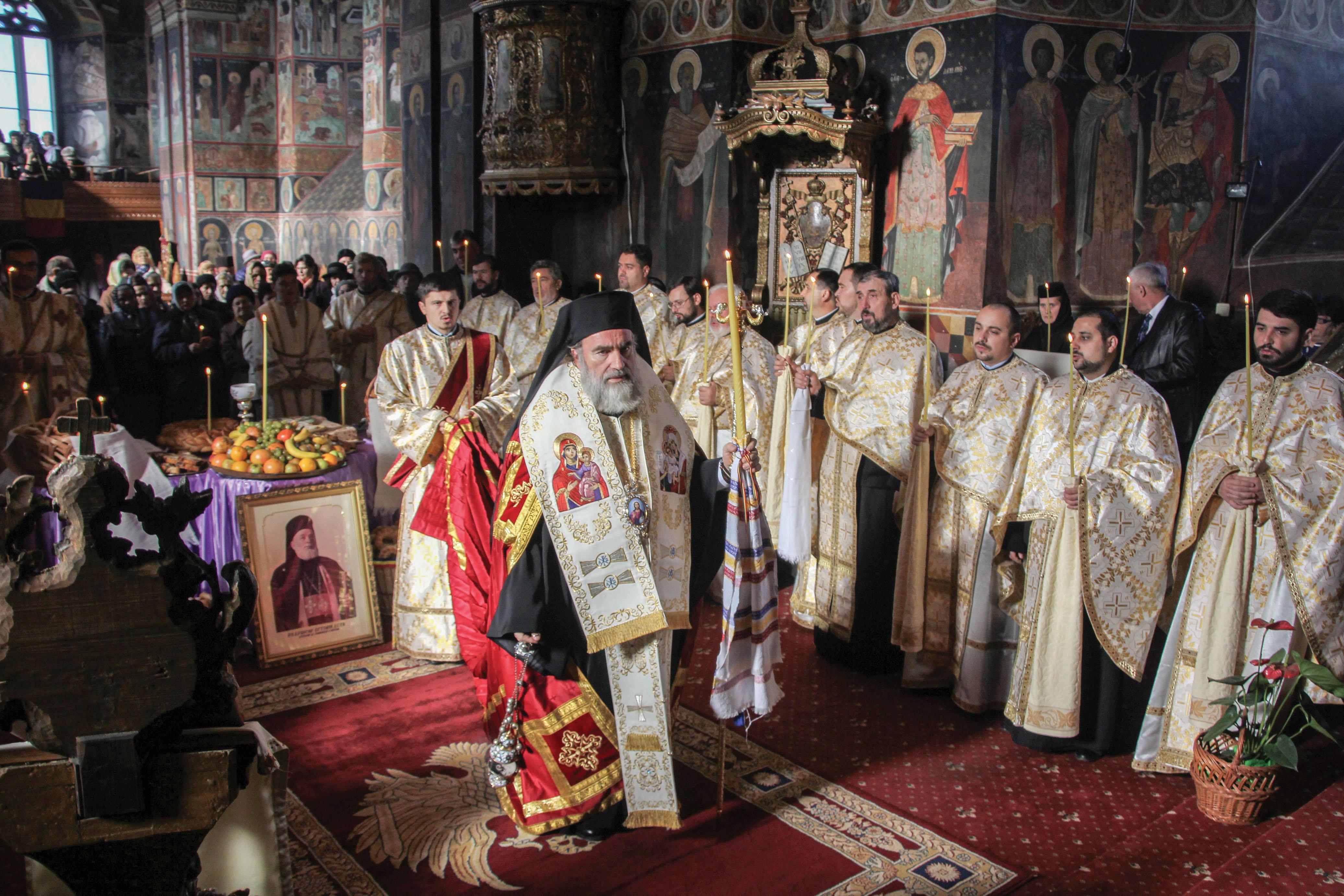 Slujbă de pomenire a Arhiepiscopului Eftimie Luca
