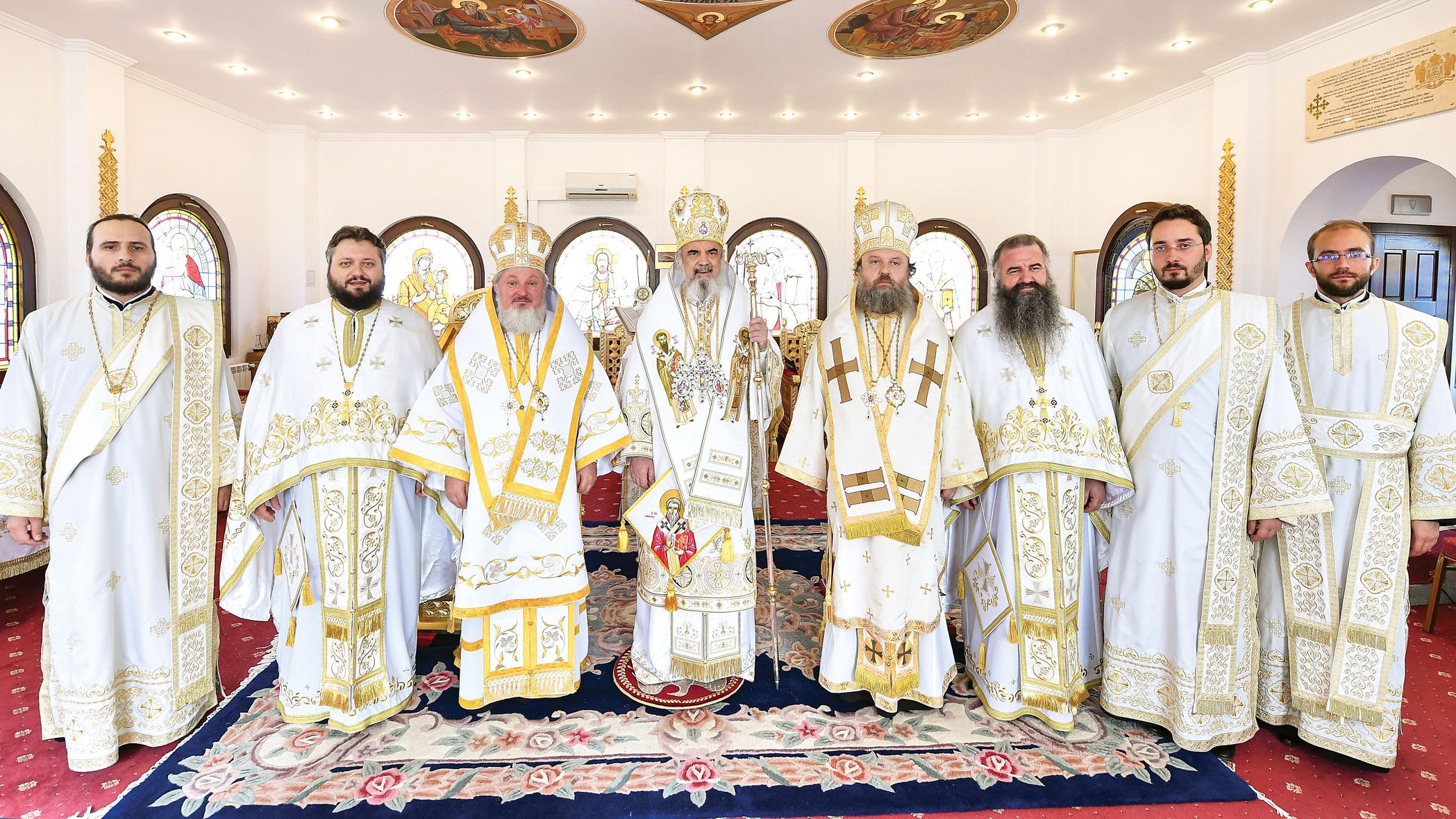 Liturghie și Te Deum în ziua împlinirii a 10 ani de la întronizare