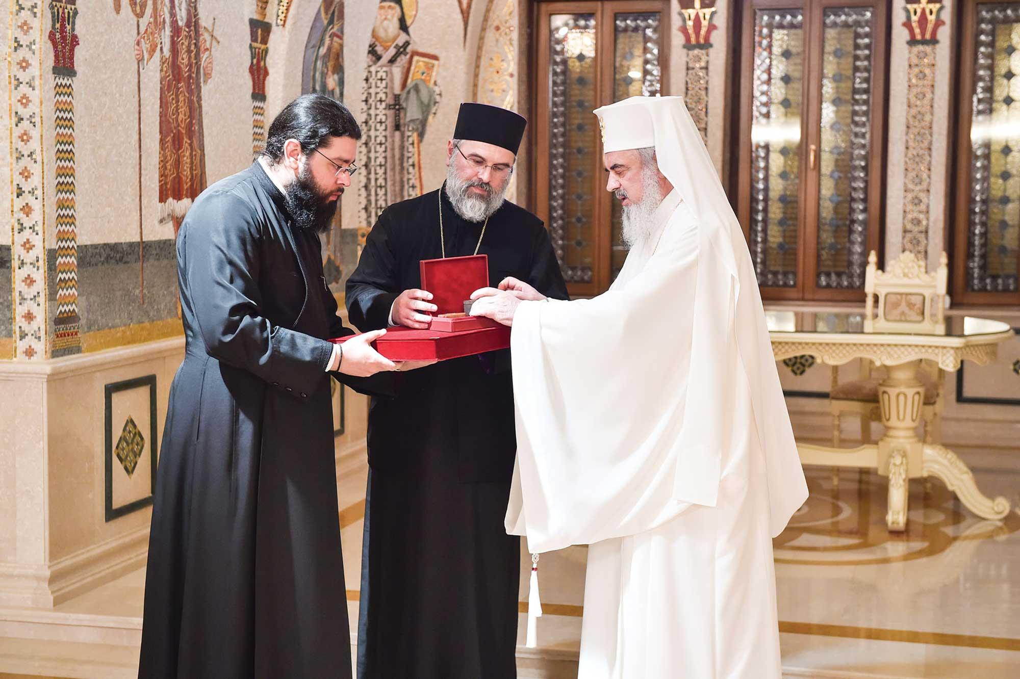 Sfinte moaște oferite Episcopiei Ortodoxe Române a Canadei