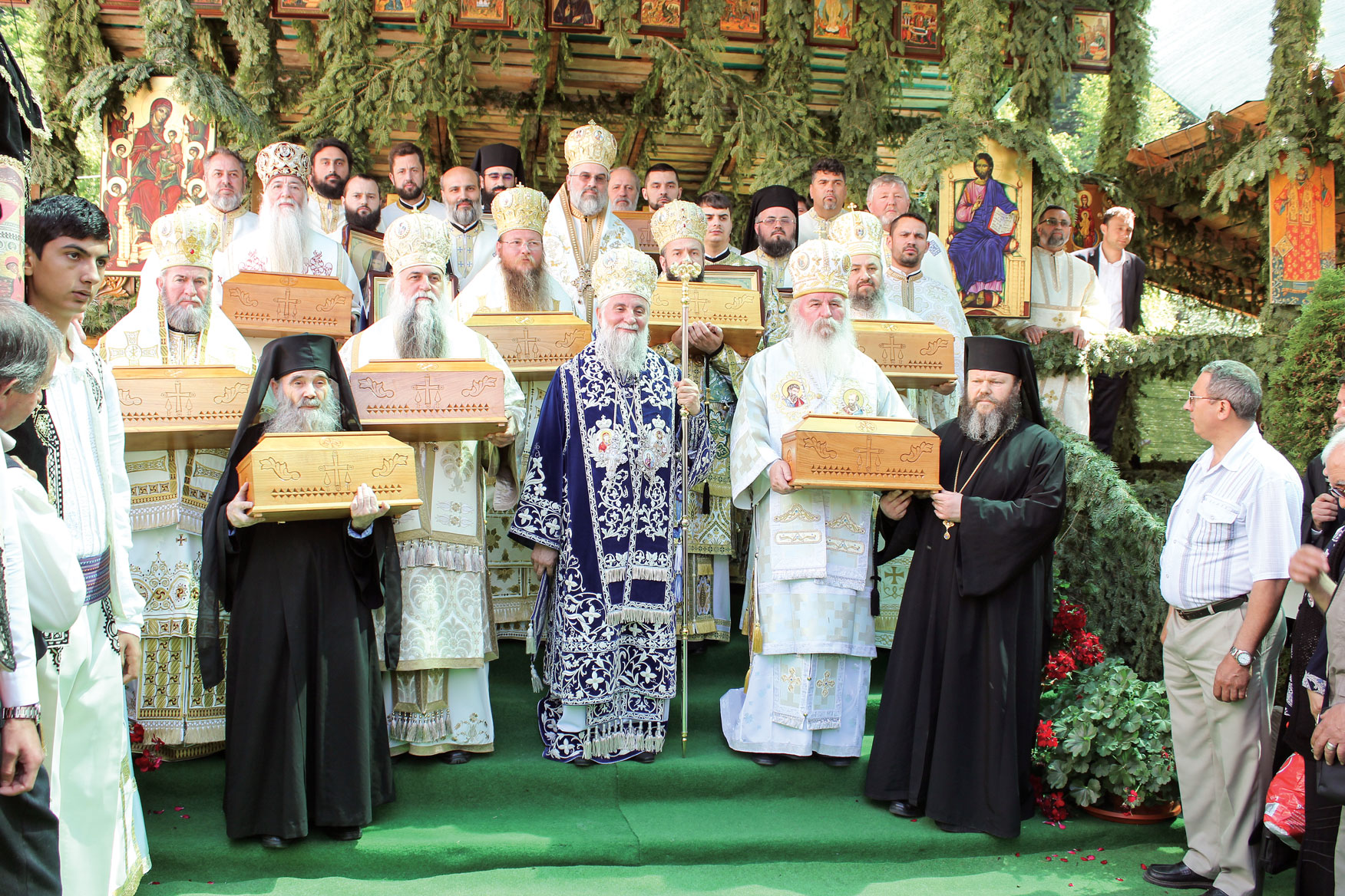 Sfântul Irodion, sărbătorit la Mănăstirea Lainici